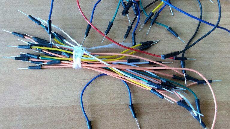 коннекторы для макетной платы наборы проводов