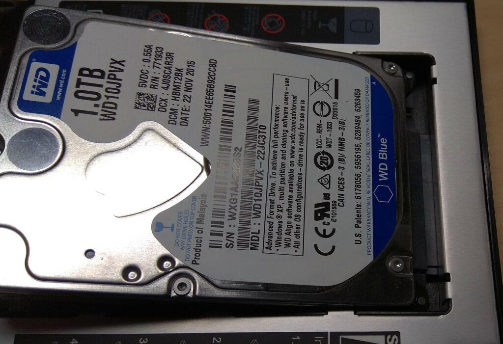 установка жесткого диска в адаптер