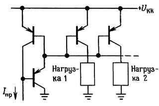 Схема токового зеркала с несколькими выходами с добавлением транзистора.